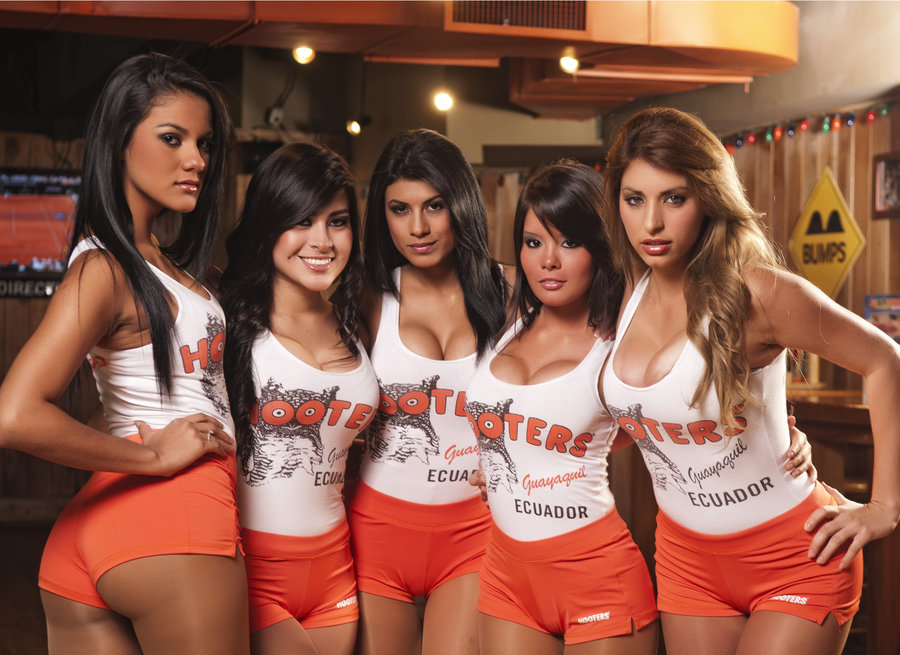 Hooters S On Cruise Ship Crew Center